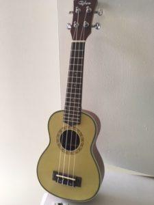 Spruce ukulele
